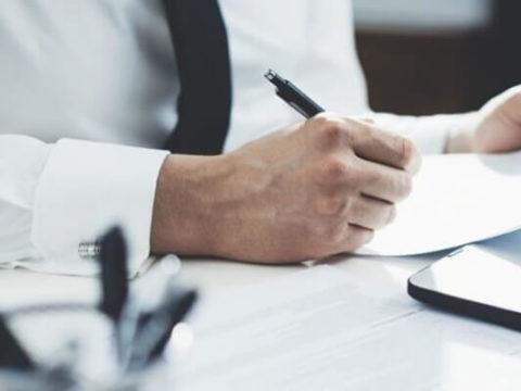 Доход от уступки права требования долга признается при УСН